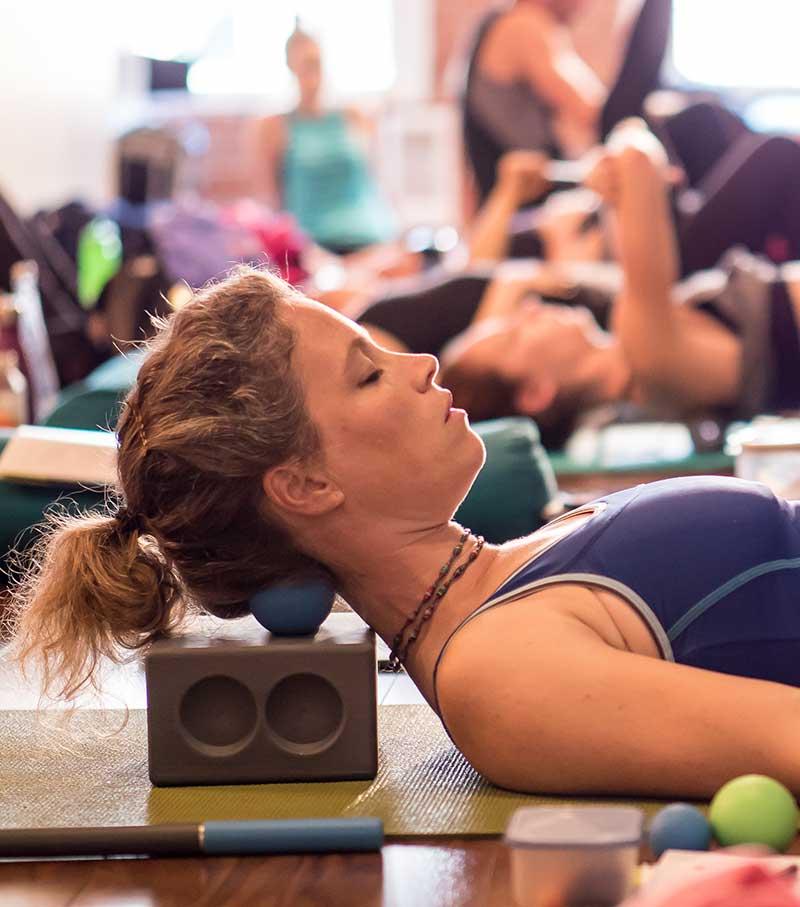 chelsea-lee-yoga-therapist-squamish-rad-roller-2