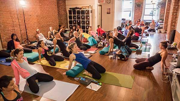 chelsea-lee-yoga-therapist-squamish-rad-roller-4
